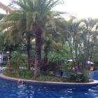 Около бассейна